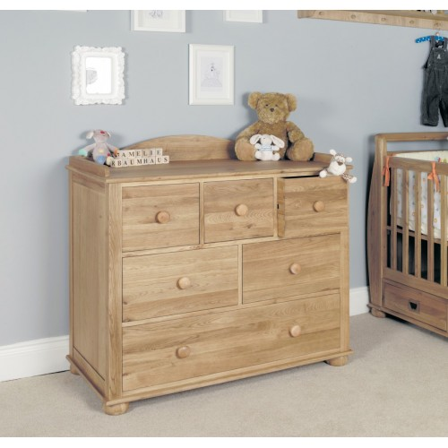 Amelie Oak Changer / Chest of Drawers