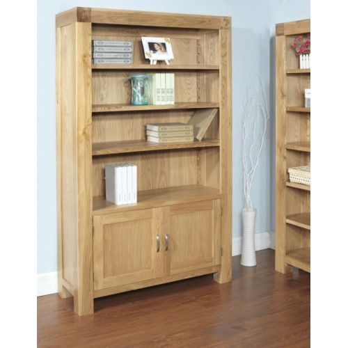 2 Door Bookcase with 3 adjustable shelves Satana Blonde