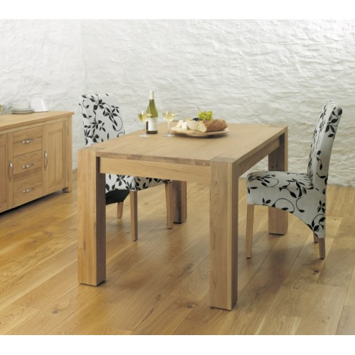 Aston Oak Dining Table (4-6 Seater)